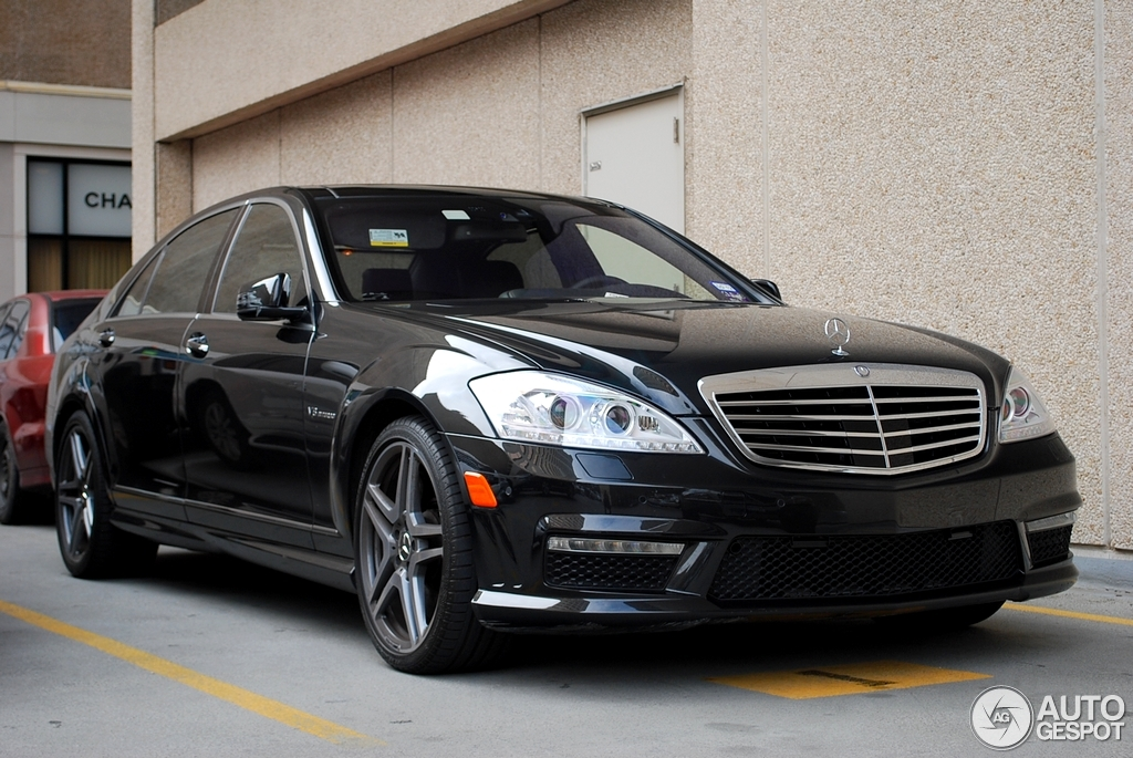 Mercedes Benz S 63 Amg W221 2011 27 January 2012