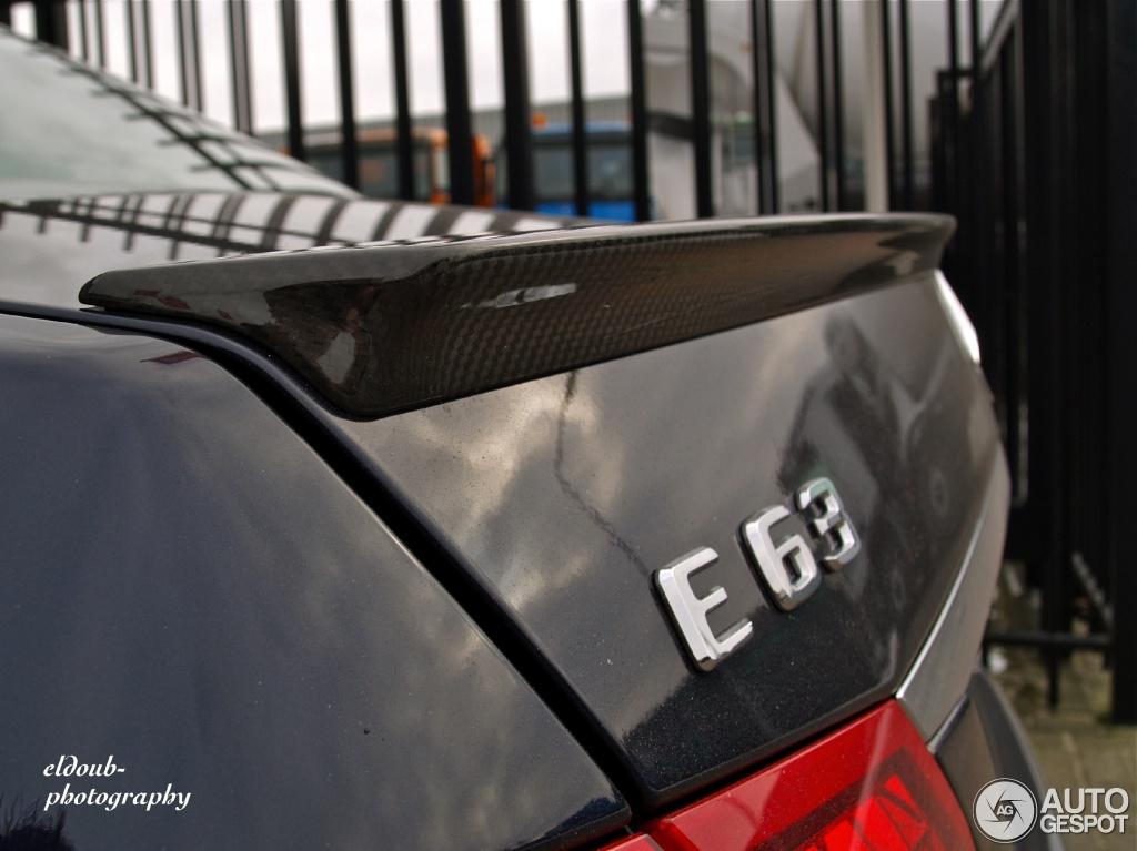 Mercedes-Benz E 63 AMG W212 V8 Biturbo 1