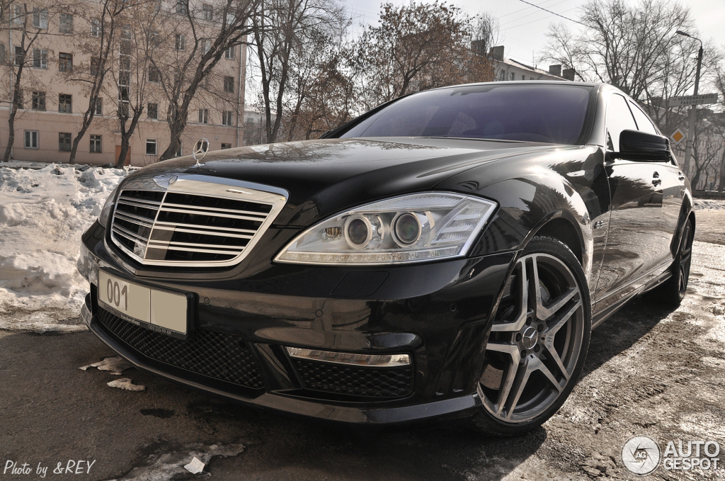 Mercedes benz s 63 amg w221 2010 6 march 2012 autogespot for Mercedes benz w221 price