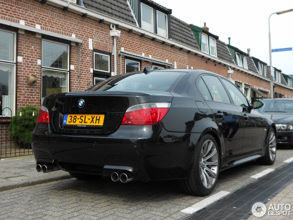 bmw m5 e60 2005 17 maart 2012 autogespot. Black Bedroom Furniture Sets. Home Design Ideas