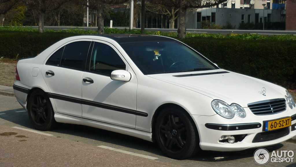 Mercedes-Benz C 55 AMG 1