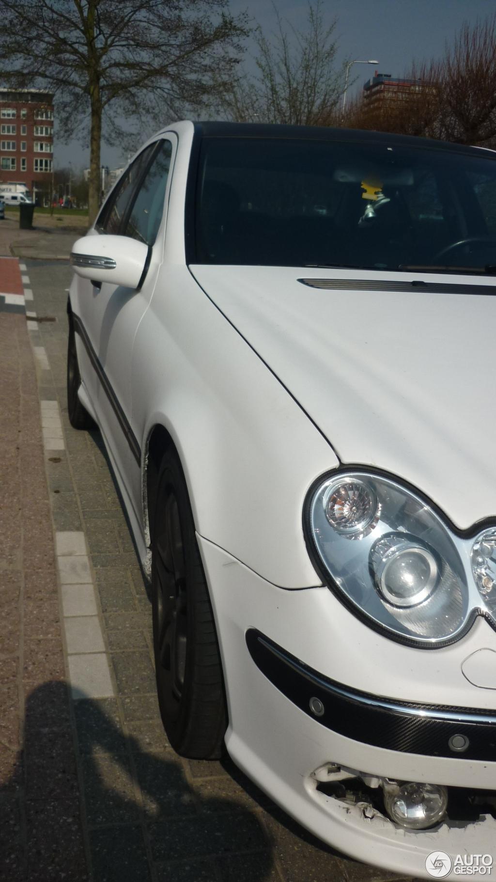 Mercedes-Benz C 55 AMG 4