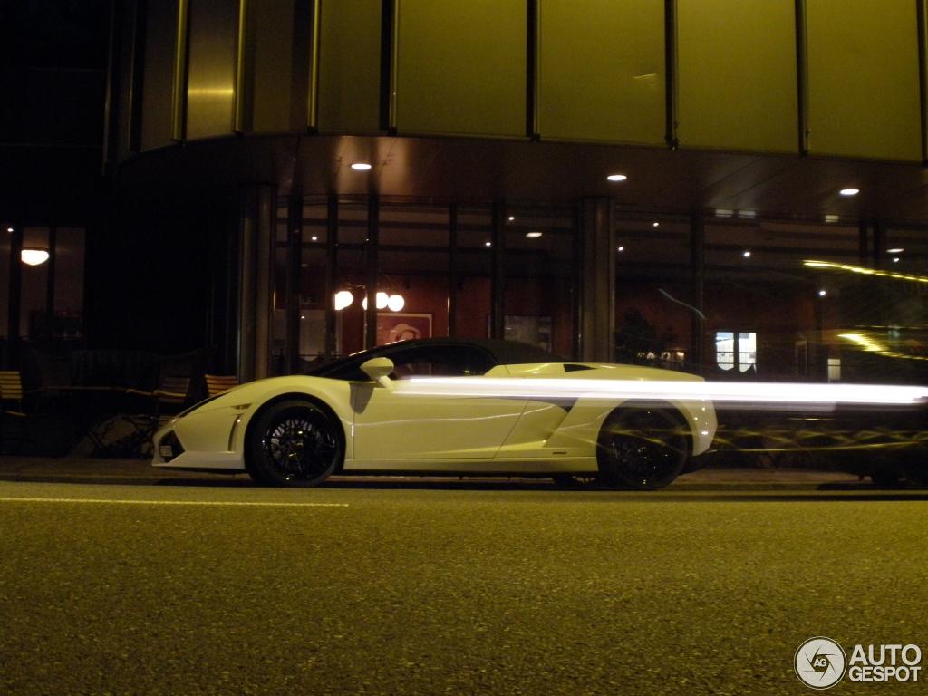 Lamborghini Gallardo LP560-4 Spyder 3