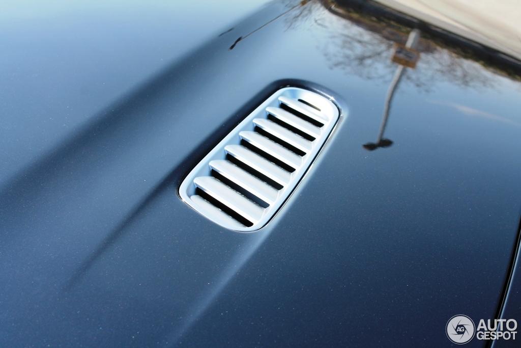 Aston Martin Virage Volante 2011 6