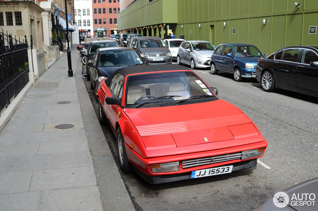 ferrari mondial 3 2 cabriolet 15 april 2012 autogespot. Black Bedroom Furniture Sets. Home Design Ideas