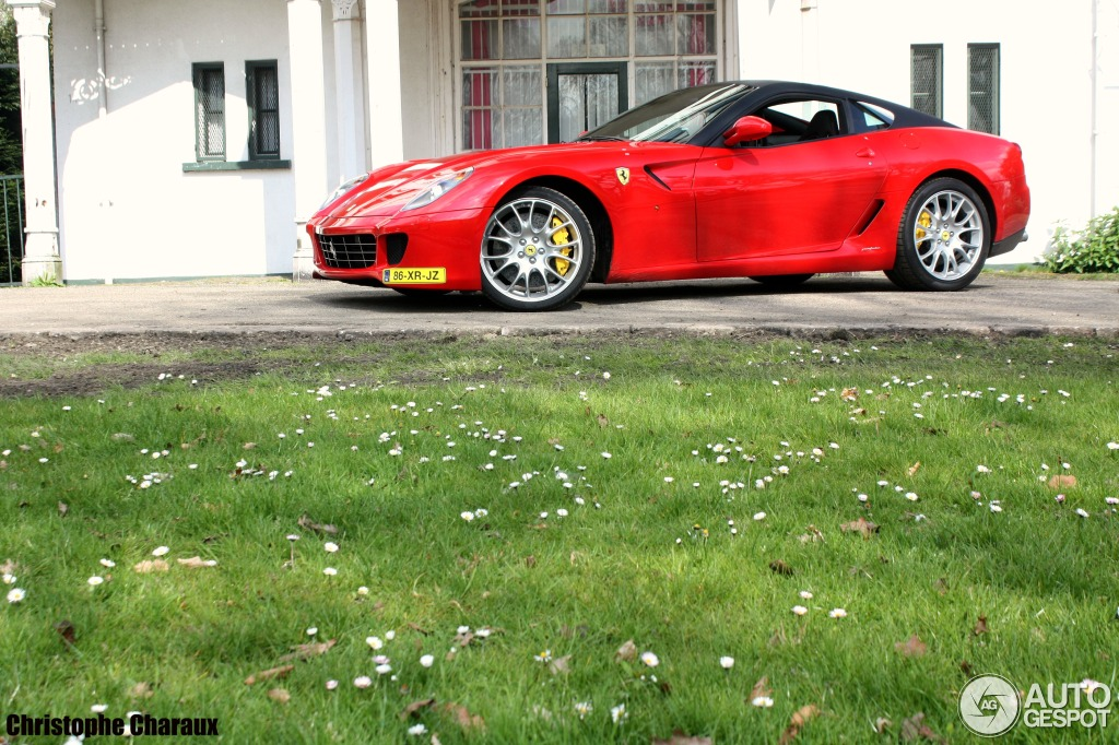 Ferrari 599 GTB Fiorano 8