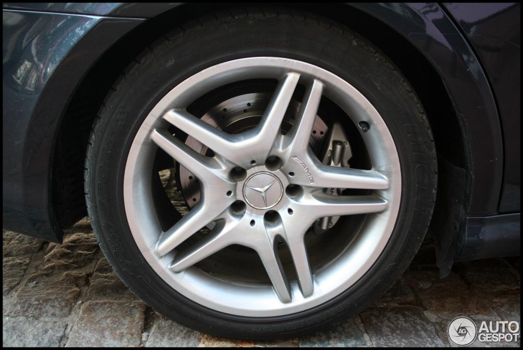 Mercedes-Benz CLS 55 AMG 2