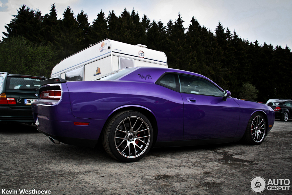 Dodge Challenger Srt 8 Plum Crazy Limited Edition 30