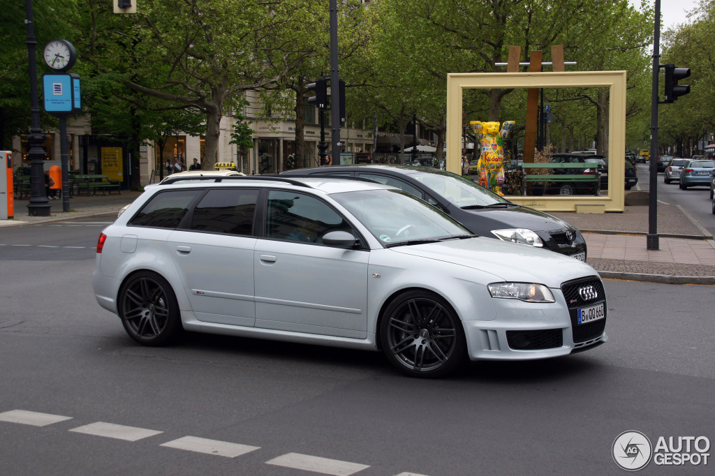 Audi rs4 avant 2013 acceleration