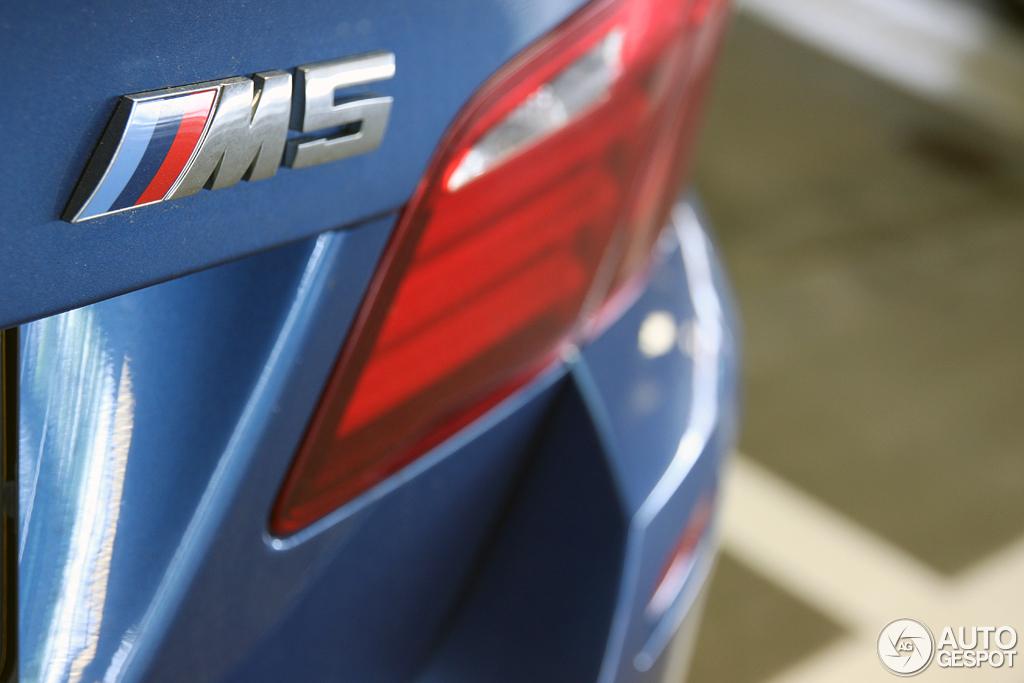 BMW M5 F10 10
