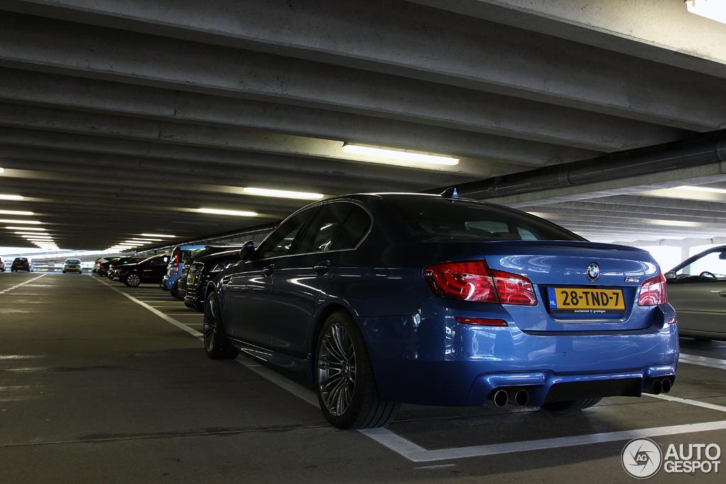 BMW M5 F10 4