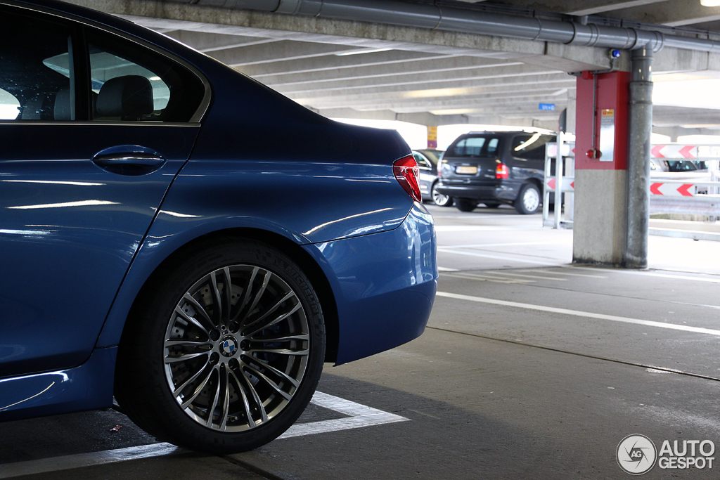 BMW M5 F10 2011 6