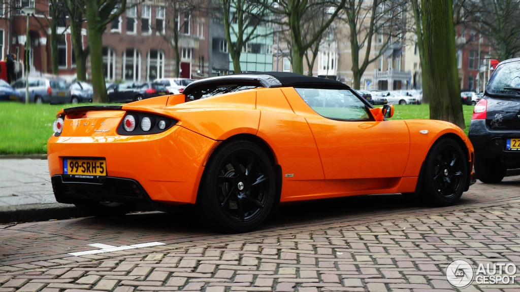 Tesla roadster sport orange