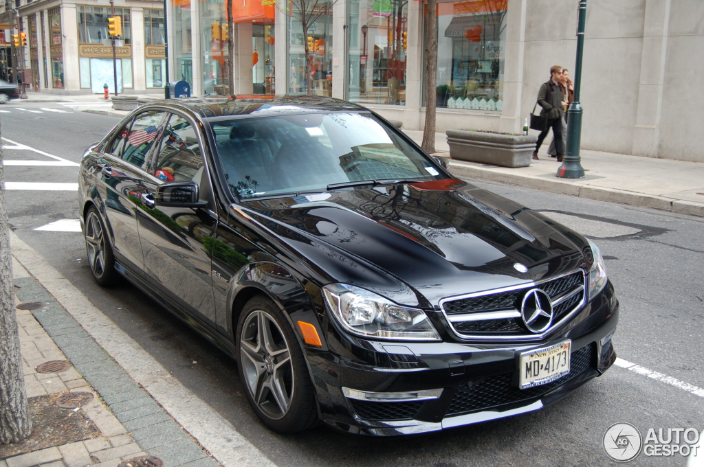 Mercedes benz c 63 amg w204 2012 27 may 2012 autogespot for Mercedes benz w204