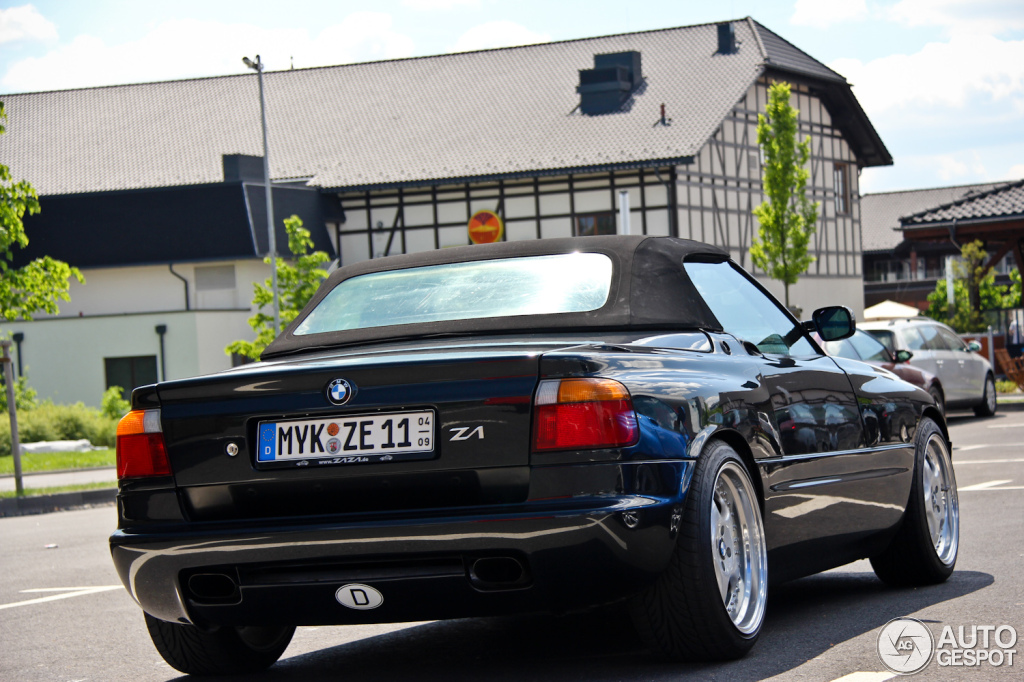 bmw z1 images someone is selling a brand new 1990 bmw z1. Black Bedroom Furniture Sets. Home Design Ideas