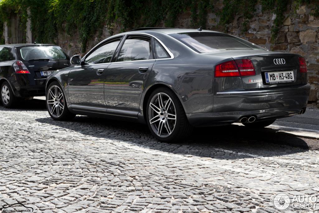 Audi S8 D3 1