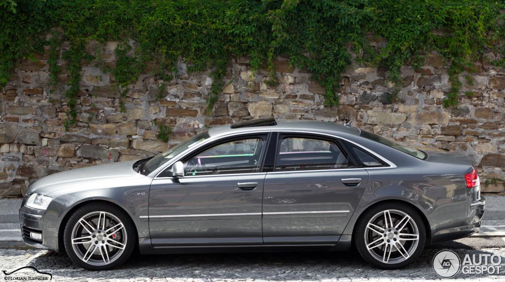 Audi S8 D3 5