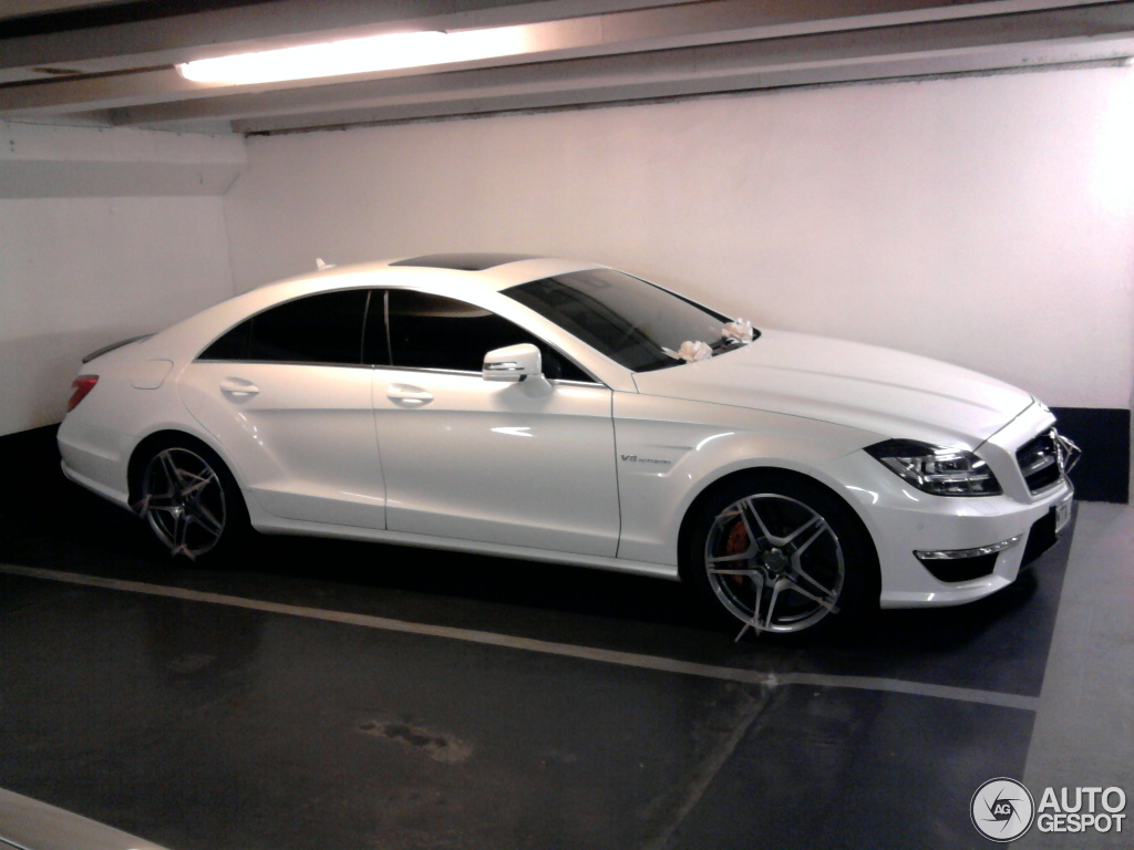 mercedes benz cls 63 amg c218 14 juin 2012 autogespot. Black Bedroom Furniture Sets. Home Design Ideas
