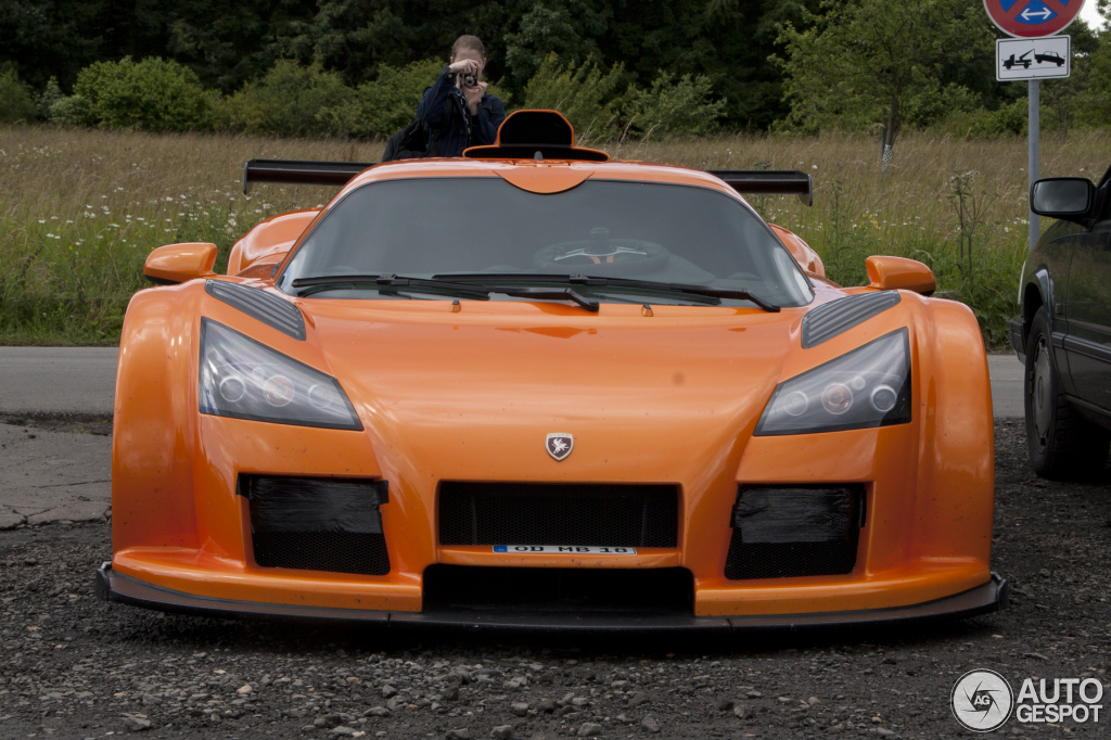 Gumpert Apollo Sport 1