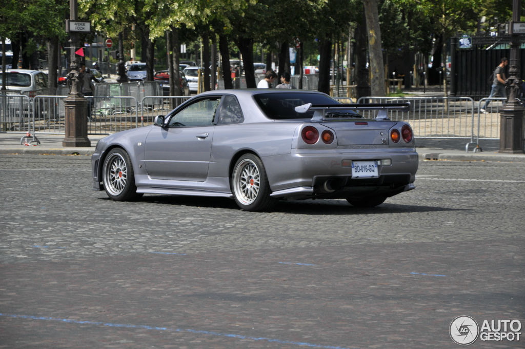 nissan skyline r34 gt r 24 juillet 2012 autogespot. Black Bedroom Furniture Sets. Home Design Ideas