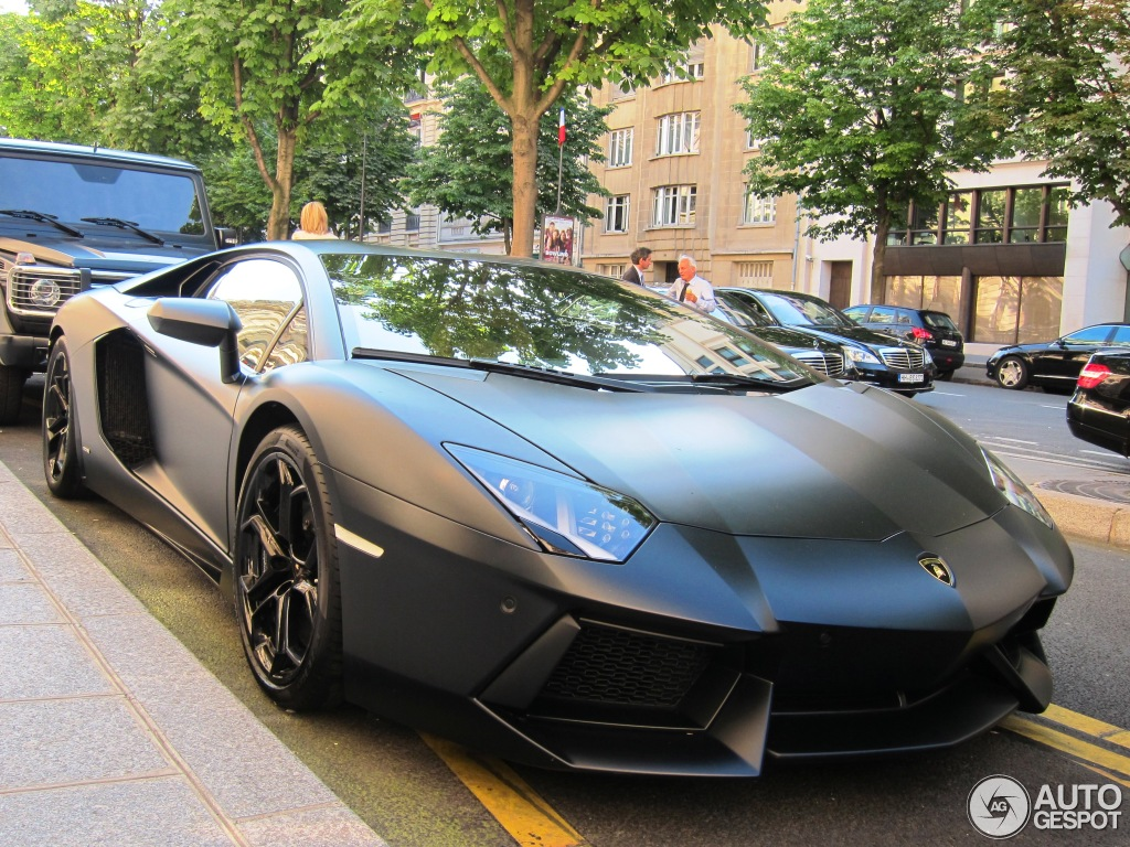 lamborghini aventador lp700 4 26 juillet 2012 autogespot. Black Bedroom Furniture Sets. Home Design Ideas