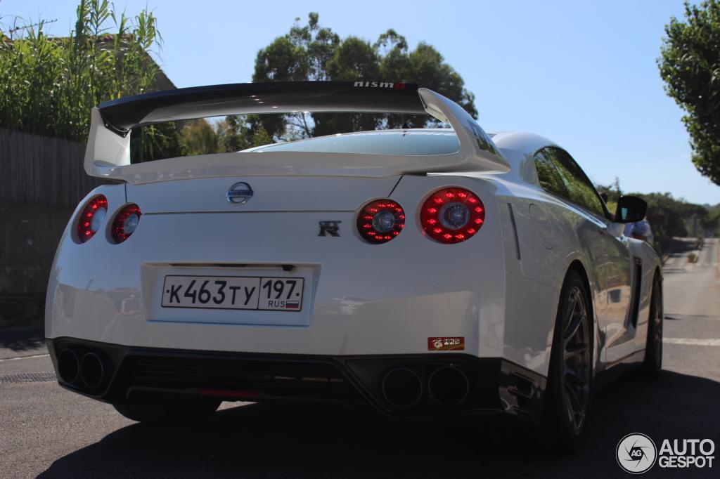 Nissan GT-R 2011 Nismo 1