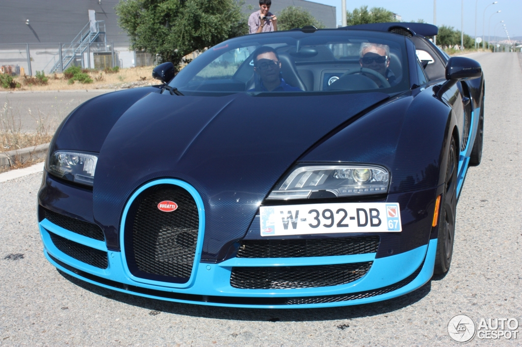 bugatti veyron quantos km por litro bugatti veyron 16 cilindros impresionante taringa. Black Bedroom Furniture Sets. Home Design Ideas