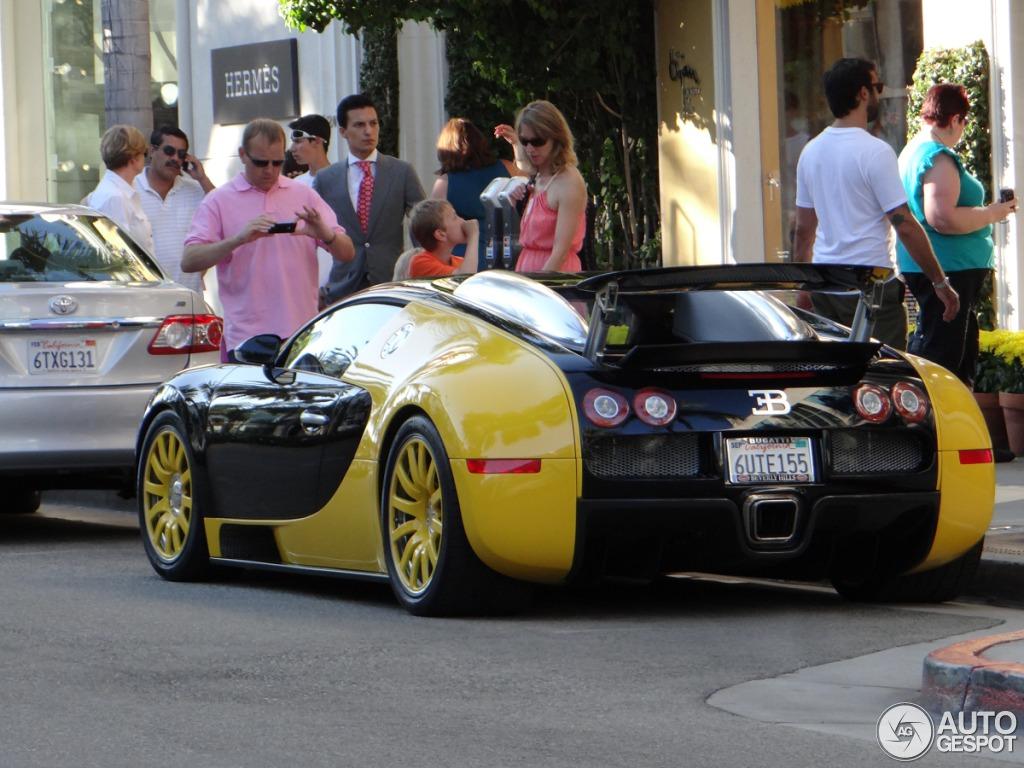 bugatti veyron 16 4 16 august 2012 autogespot. Black Bedroom Furniture Sets. Home Design Ideas
