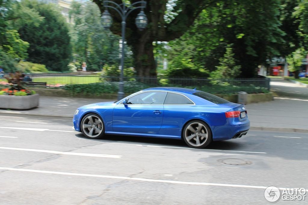 Audi RS5 B8 - 31 August 2012 - Autogespot