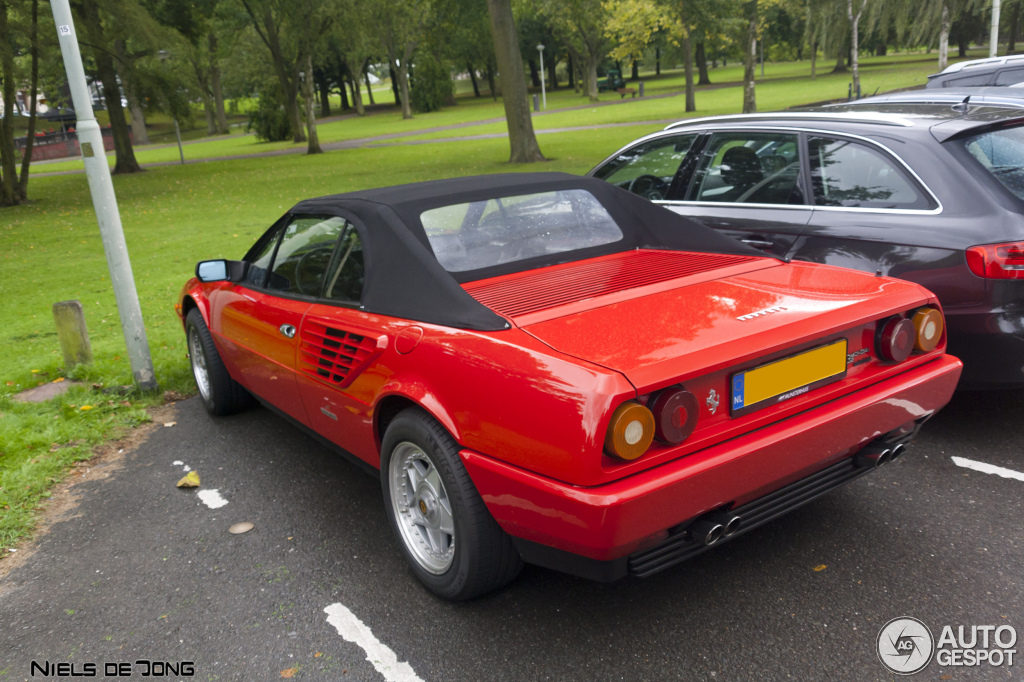 ferrari mondial 3 2 cabriolet 14 september 2012 autogespot. Black Bedroom Furniture Sets. Home Design Ideas
