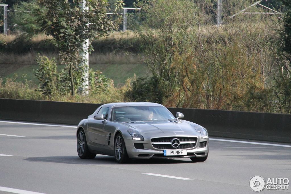 Mercedes-Benz SLS AMG 2