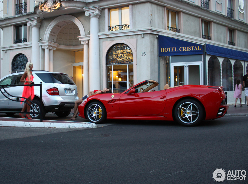 Captivating Ferrari California