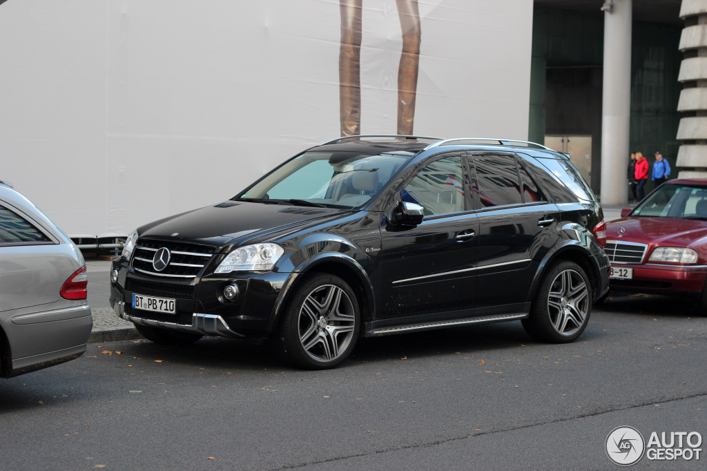 mercedes benz ml 63 amg w164 2009 7 oktober 2012. Black Bedroom Furniture Sets. Home Design Ideas