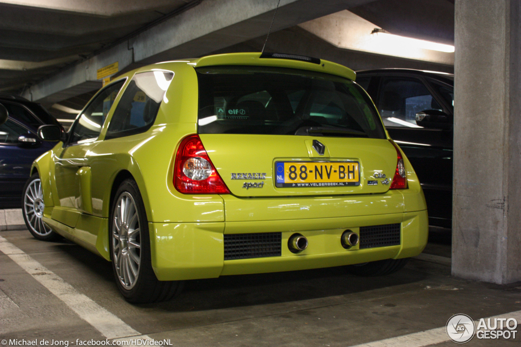 renault clio v6 phase ii 16 october 2012 autogespot. Black Bedroom Furniture Sets. Home Design Ideas