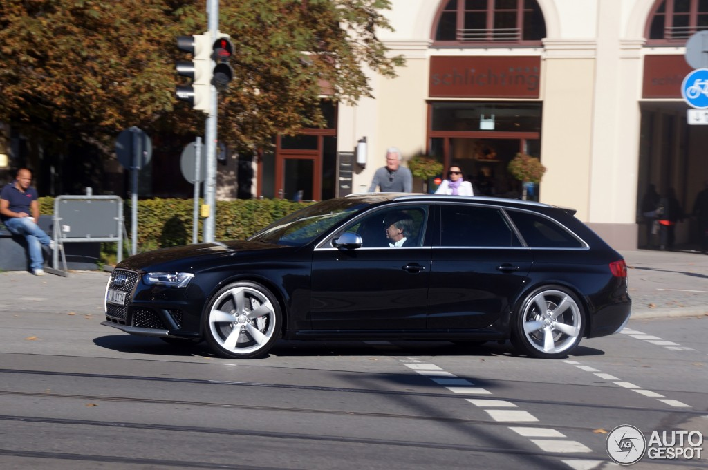 audi rs4 avant b8 21 october 2012 autogespot. Black Bedroom Furniture Sets. Home Design Ideas