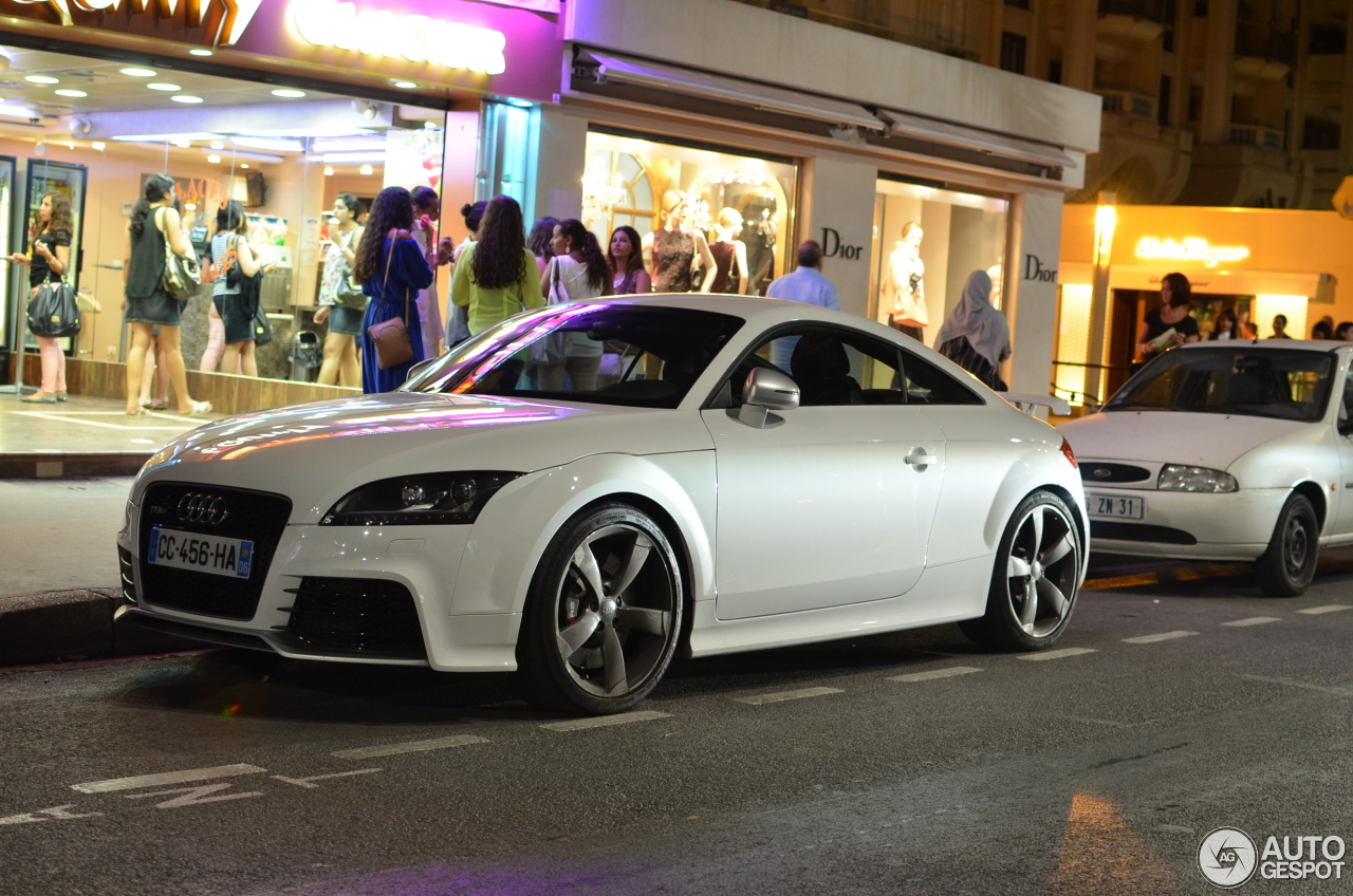 audi tt rs 31 octobre 2012 autogespot. Black Bedroom Furniture Sets. Home Design Ideas