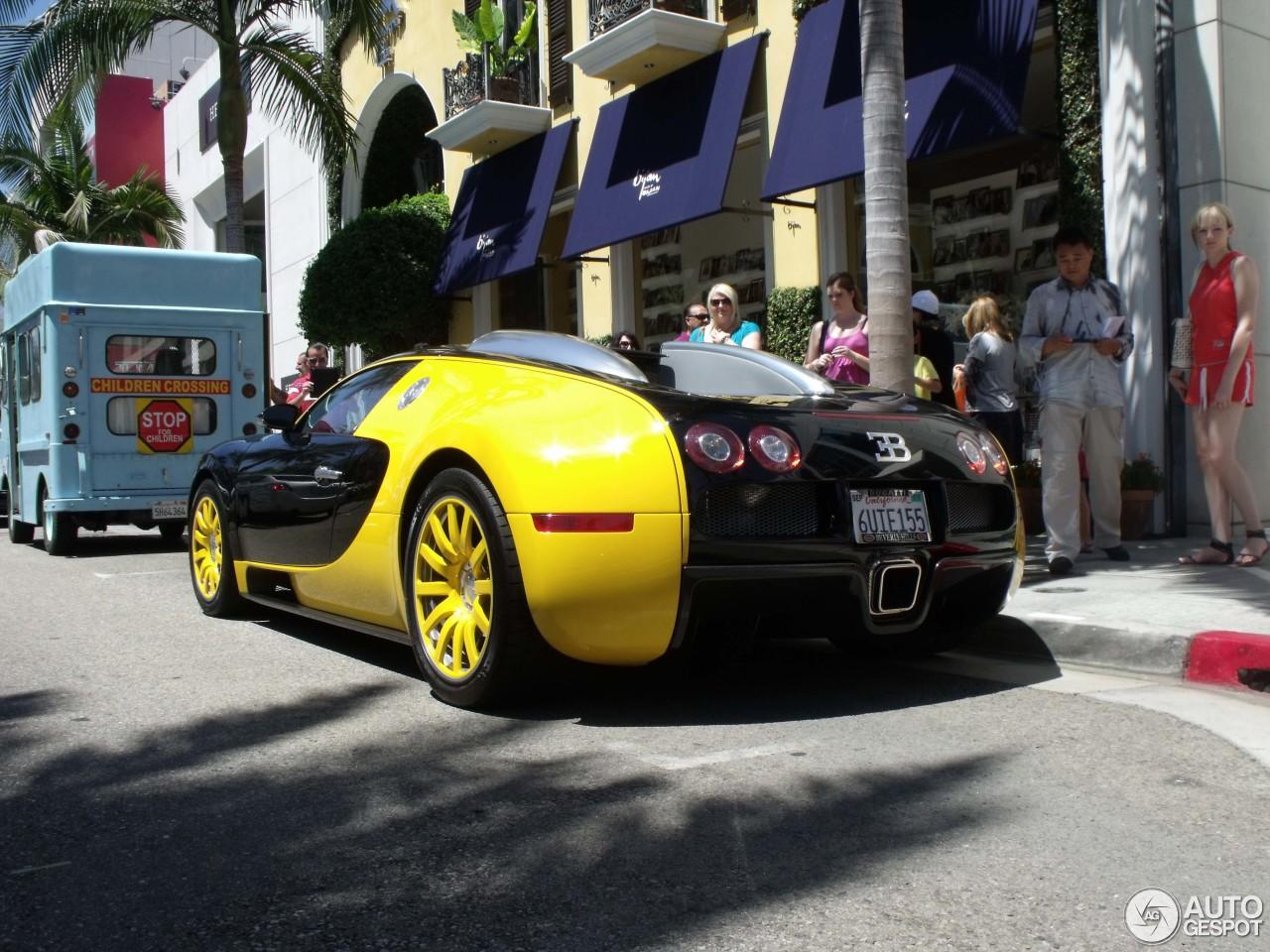 bugatti veyron 16 4 5 november 2012 autogespot. Black Bedroom Furniture Sets. Home Design Ideas