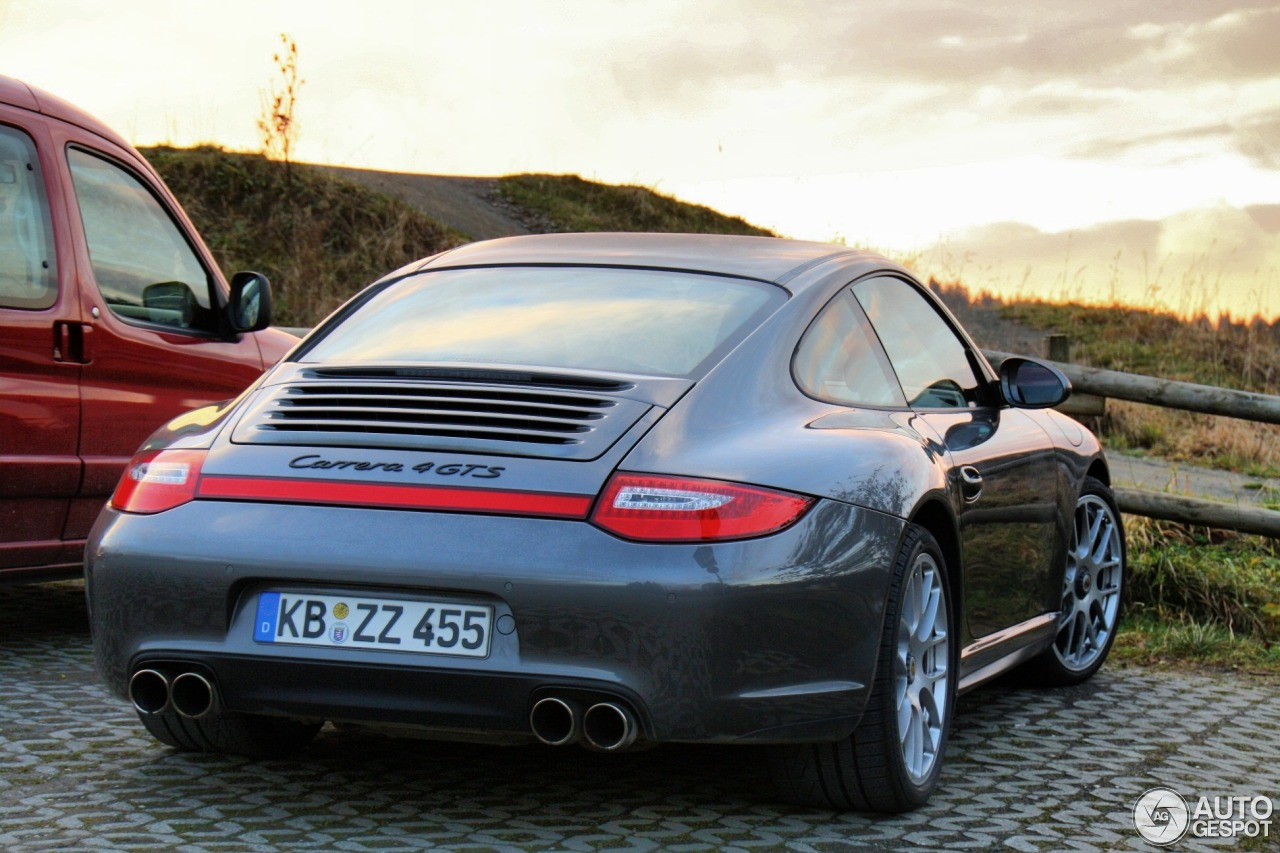 porsche 997 carrera 4 gts 13 november 2012 autogespot. Black Bedroom Furniture Sets. Home Design Ideas