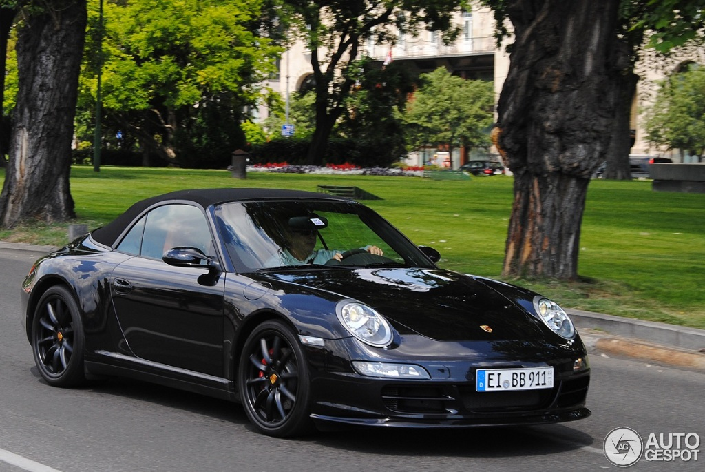 porsche 997 carrera 4s cabriolet mki 13 november 2012 autogespot. Black Bedroom Furniture Sets. Home Design Ideas