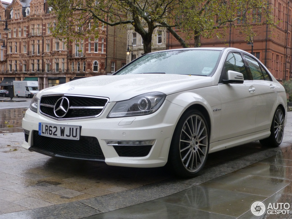 mercedes benz c 63 amg w204 2012 17 november 2012 autogespot. Black Bedroom Furniture Sets. Home Design Ideas