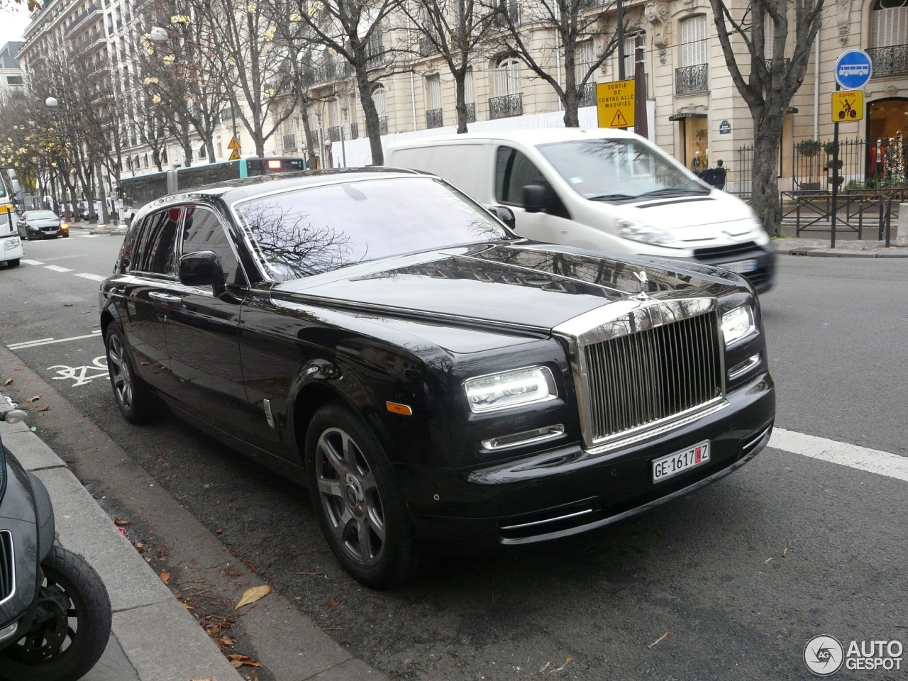 rolls royce phantom series ii 24 november 2012 autogespot. Black Bedroom Furniture Sets. Home Design Ideas