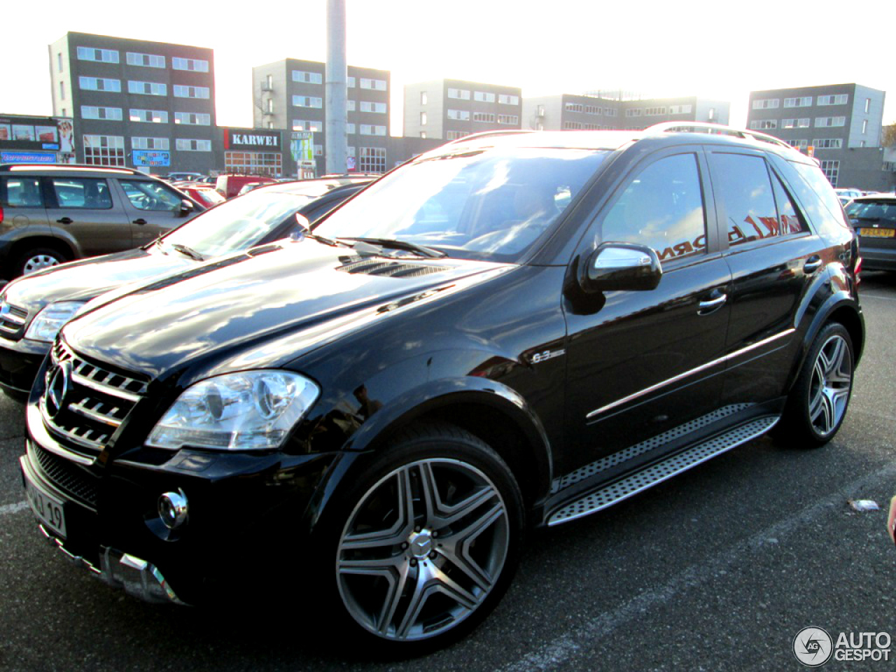 mercedes benz ml 63 amg w164 2009 26 november 2012. Black Bedroom Furniture Sets. Home Design Ideas