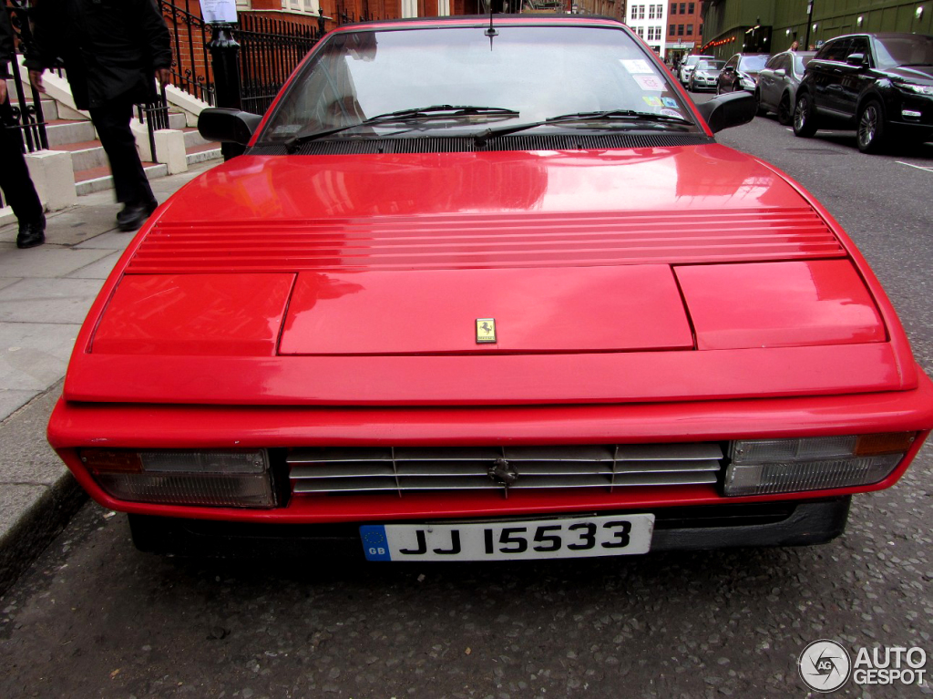 ferrari mondial 3 2 cabriolet 27 november 2012 autogespot. Black Bedroom Furniture Sets. Home Design Ideas