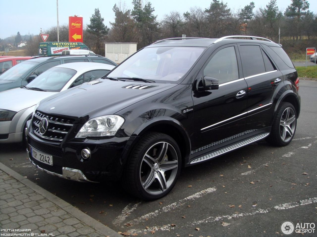 mercedes benz ml 63 amg w164 2009 1 december 2012 autogespot. Black Bedroom Furniture Sets. Home Design Ideas