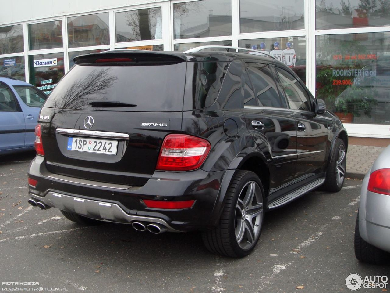 mercedes benz ml 63 amg w164 2009 1 december 2012. Black Bedroom Furniture Sets. Home Design Ideas