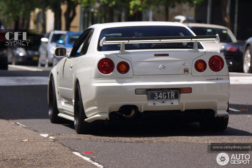 Nissan Skyline R34 GTR VSpec II Nr  3 December 2012  Autogespot