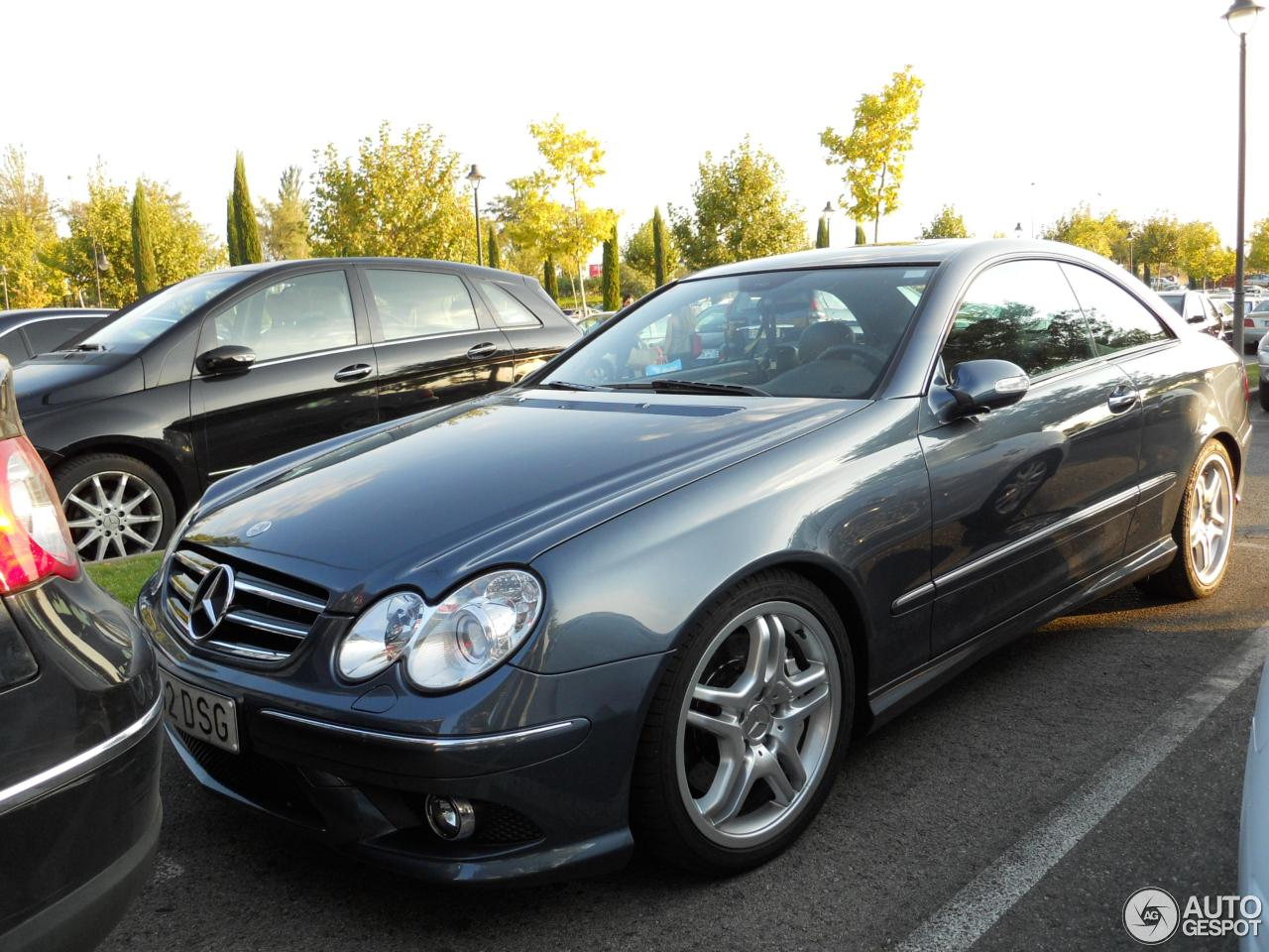 Mercedes benz clk 55 amg 12 dcembre 2012 autogespot for Mercedes benz clk 2012