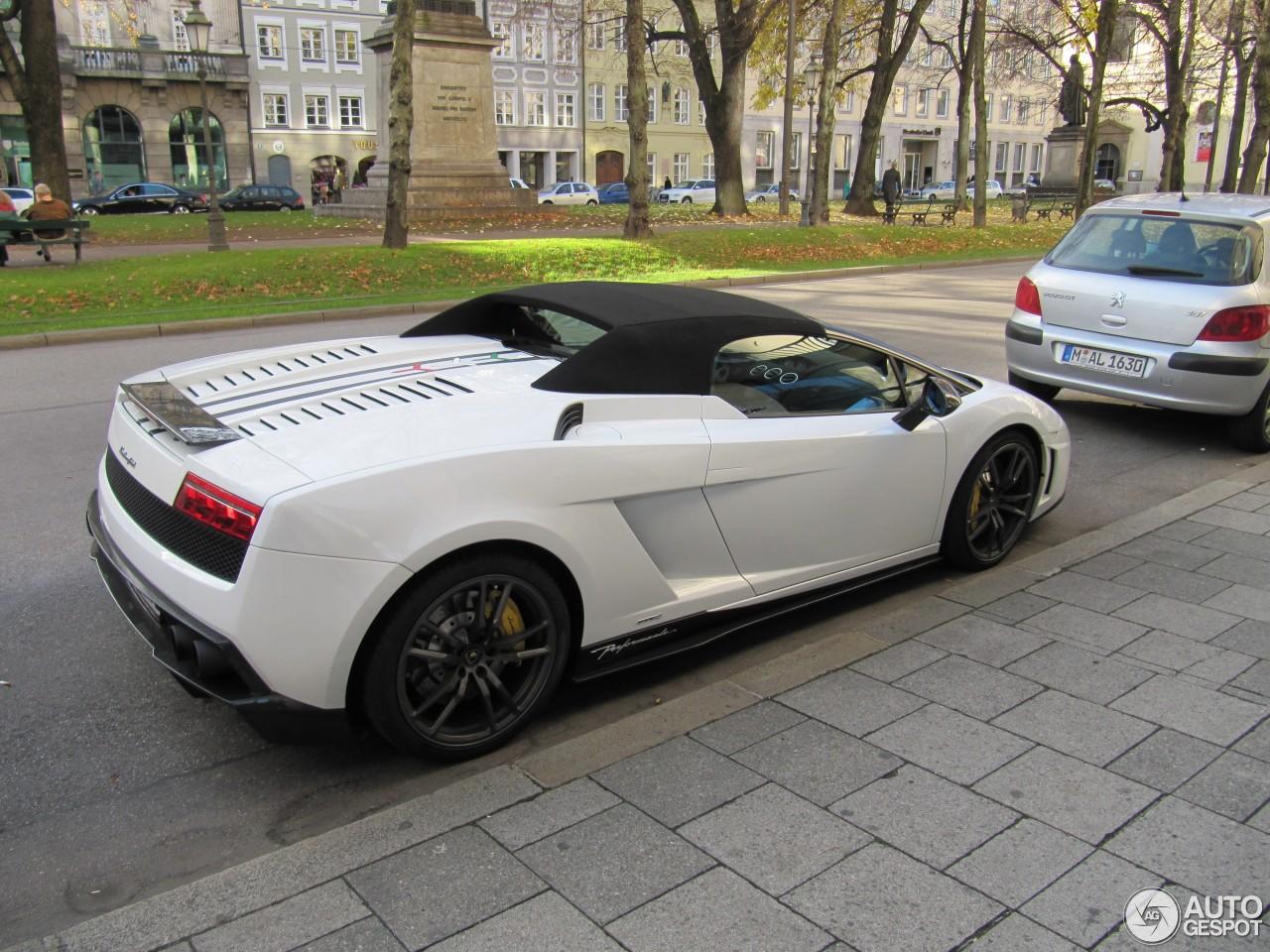 Lamborghini Gallardo LP570 4 Spyder Performante