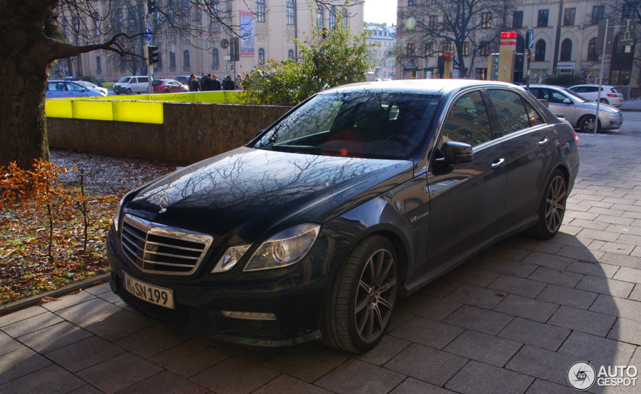 Mercedes-Benz E 63 AMG W212 V8 Biturbo - 20 December 2012