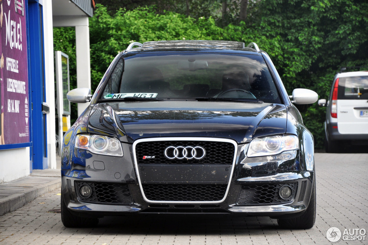 audi rs4 avant b7 22 dezember 2012 autogespot. Black Bedroom Furniture Sets. Home Design Ideas